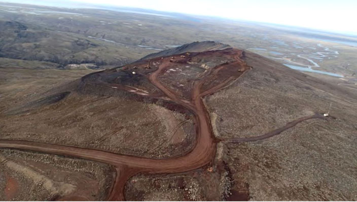 The existing mine site at Mary River, from which Baffinland is now allowed to extract and ship up to 4.2 million tonnes of iron ore. The company wants regulators to change the rules to allow the shipment of up to 12 million tonnes via a railway to Milne Inlet. (IMAGE FROM BAFFINLAND SUBMISSION TO NPC)