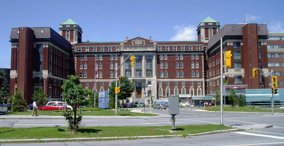 This is the old Civic campus of the Ottawa Hospital, built in 1924. Many Inuit from the Qikiqtani region have received health care in this building, and in the newer General campus across town since 1998, when the now-defunct Baffin Regional Health Board ended its contract with the McGill-Baffin group in Montreal and entered a new out-of-territory contract with the Ottawa Health Services Network. (WIKIMEDIA COMMONS PHOTO)