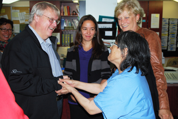 Quebec Health Minister Gaétan Barrette is pictured meeting with health care staff in Puvirnituq in 2015 during a visit to Nunavik. (FILE PHOTO)