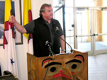 Piers McDonald, the former Yukon premier who led the team that produced the Qanukkanniq report card on the Government of Nunavut, released at 9:00 a.m., Oct 1, said Nunavut represents a
