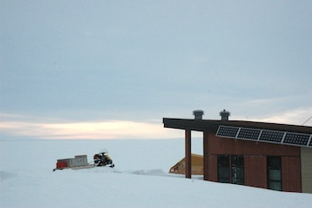 One of Pingualuit's modern and solar-powered cabins can sleep eight people. (PHOTO BY SARAH ROGERS)