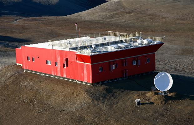 The Polar Environment Atmospheric Research Laboratory (PEARL), located on Ellesmere Island at Eureka, Nunavut. (PHOTO BY JAMES DRUMMOND)