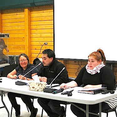 Julia Ogina, Jason Tologanak and Sarah Jancke of the Kitikmeot Inuit Association's social and cultural development department, talk about the association's many language programs Oct. 14 at the KIA annual general meeting in Cambridge Bay. (PHOTO BY JANE GEORGE)