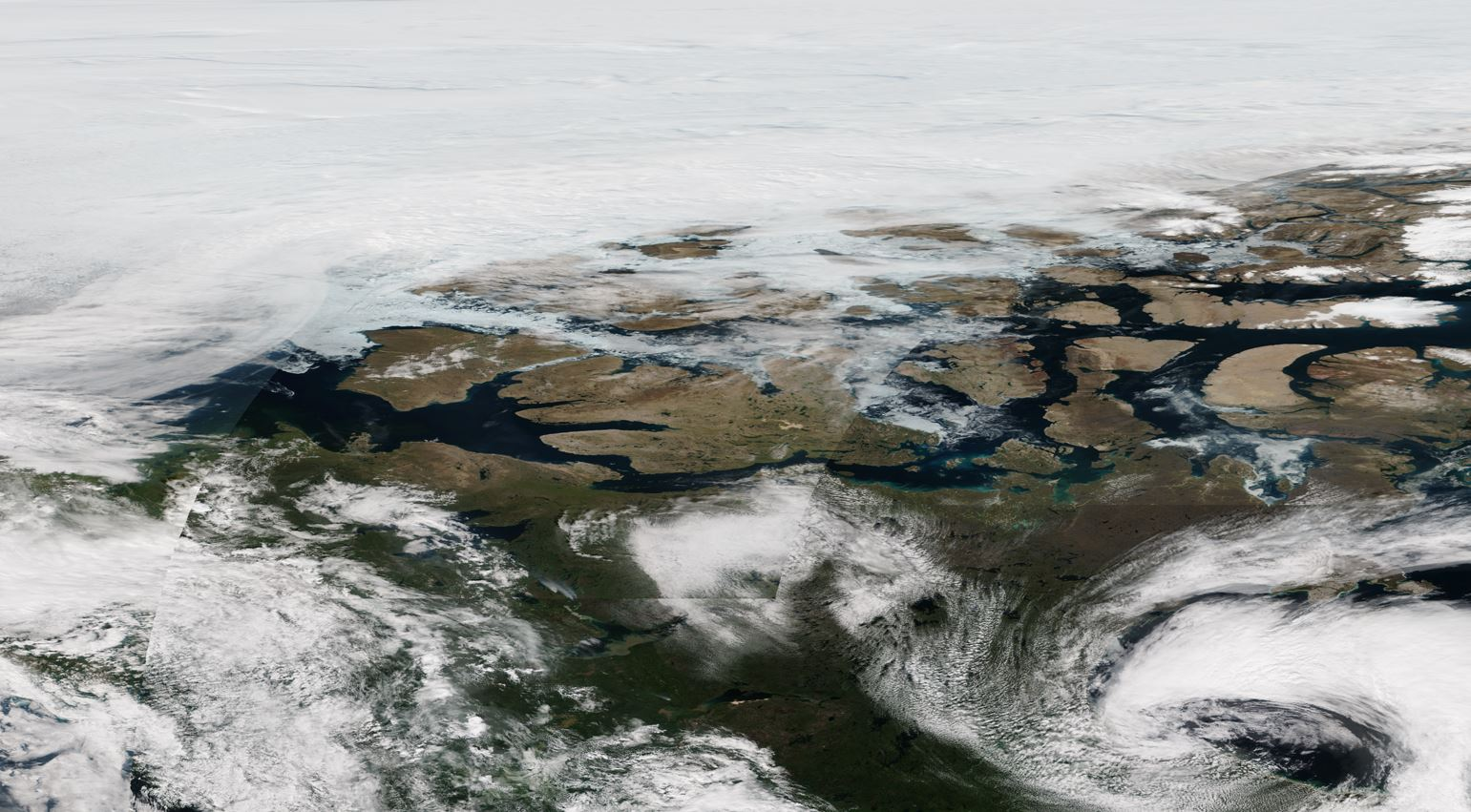 The Crystal Serenity is unlikely to meet heavy ice: This NASA satellite image shows an ice-free Northwest Passage on Aug. 9.