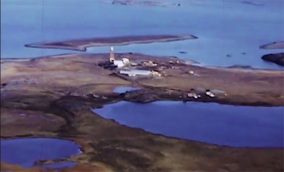 An aerial view of the Rankin Inlet nickel mine site, from the Kenneth Weymouth Fonds of the Nunavut Archives Programme, Government of Nunavut.