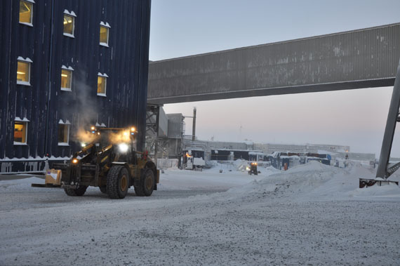 A front loader drives through the Raglan mine site in 2015. As the mine's current operations begin to wind down, Glencore plans to expand the mine's lifespan to 2040 and beyond with the addition of five new underground mines across Nunavik's nickel belt. (PHOTO BY SARAH ROGERS)