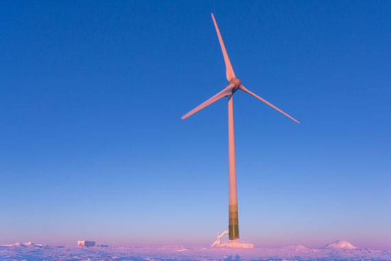 This three-megawatt wind turbine helps power Nunavik's Raglan nickel mine. WWF-Canada says if Nunavut built more renewable energy projects, it wouldn't have to spend so much money subsidizing the cost of burning dirty diesel fuel. (FILE PHOTO)