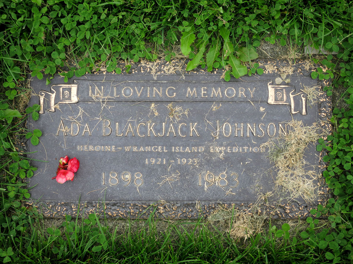 The grave of the Inupiaq heroine Ada Blackjack at Memorial Park Cemetery, Anchorage, Alaska, with a flower placed there by the author of this article. (HARPER COLLECTION)