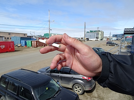 A new Statistics Canada points to some of the risk factors for Inuit men and Inuit women who smoke, to hopefully come up with more targeted tobacco cessation and prevention programs. (FILE PHOTO)