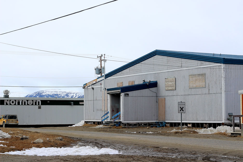 The old nursing station in Pangnirtung, replaced about eight years ago by a new health centre. The GN must inspect the building for asbestos and structural integrity before it can be transferred to the Hamlet of Pangnirtung, Lorne Kusugak, Nunavut's minister of community and government services, said May 28. (PHOTO BY BETH BROWN)