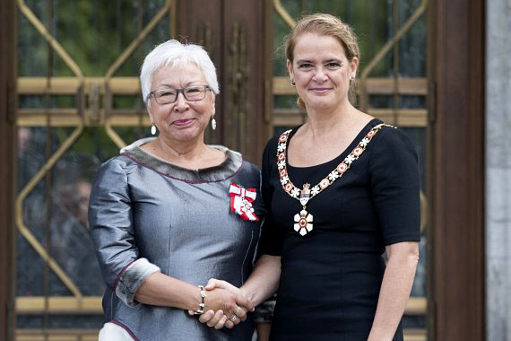Minnie Grey, a longtime health and social activist in Nunavik, stands at Rideau Hall in Ottawa with Governor General Julie Payette on Thursday, Sept. 6 during her investiture ceremony into the Order of Canada. (PHOTO BY SGT. JOHANIE MAHEU, RIDEAU HALL © OSGG, 2018)