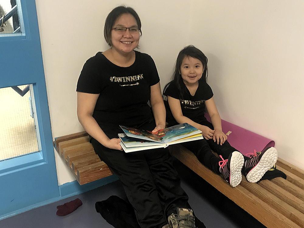 Celebrating Canadian Family Literacy Day in Kimmirut, Nunavut