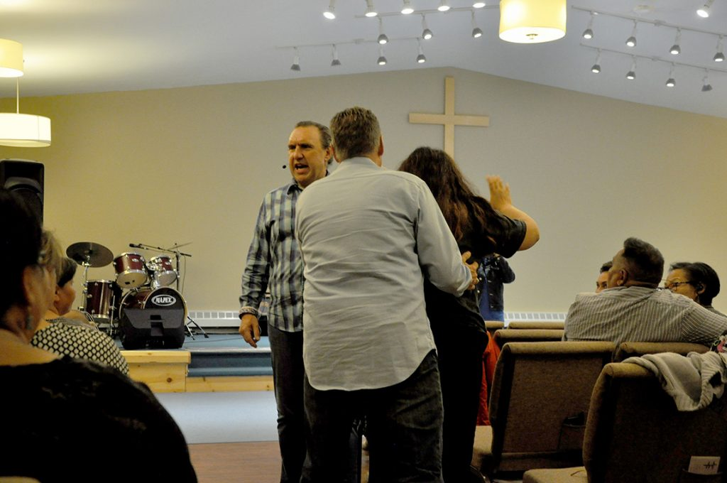 Conspiracy-theorizing megachurch preacher visits Nunavut