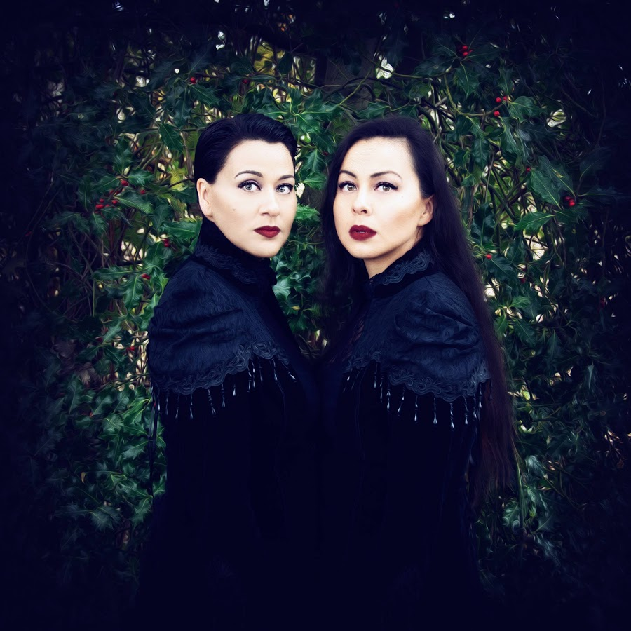 Throat-singing sisters PIQSIQ reimagine Christmas carols in new album | Nunatsiaq News