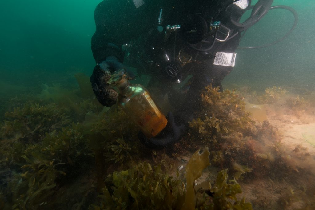 Over 350 new artifacts recovered from Franklin expedition's HMS Erebus | Nunatsiaq News